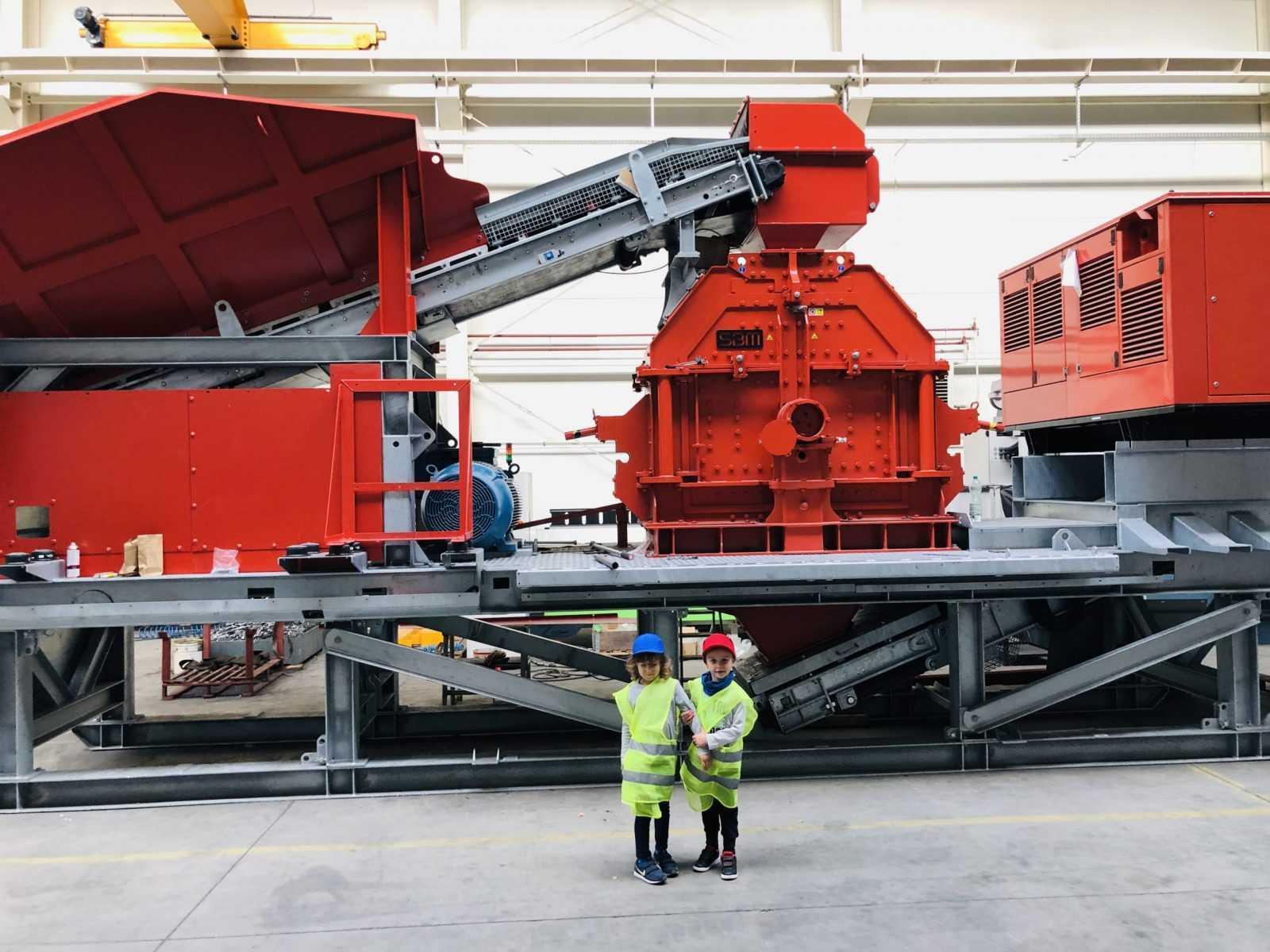 fullmet-stål-maskin-gruvedrift 1